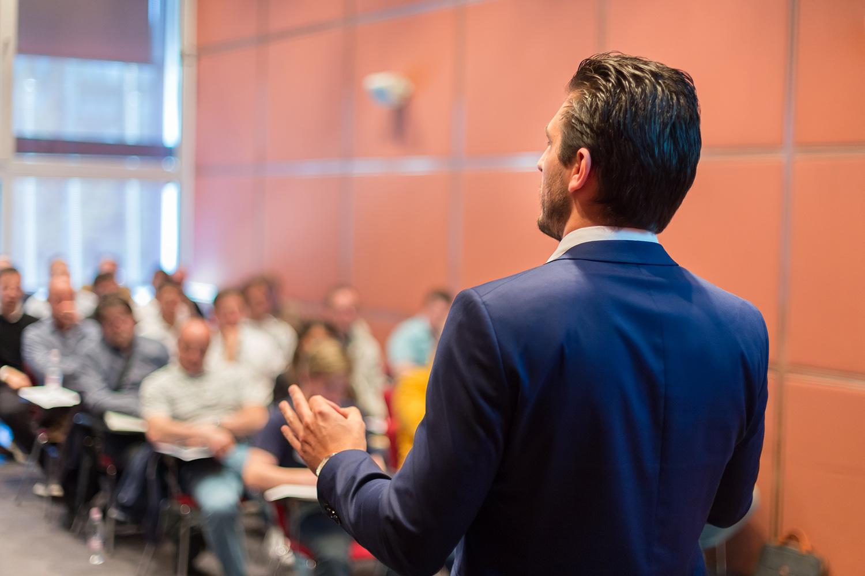 social media and online retail seminar